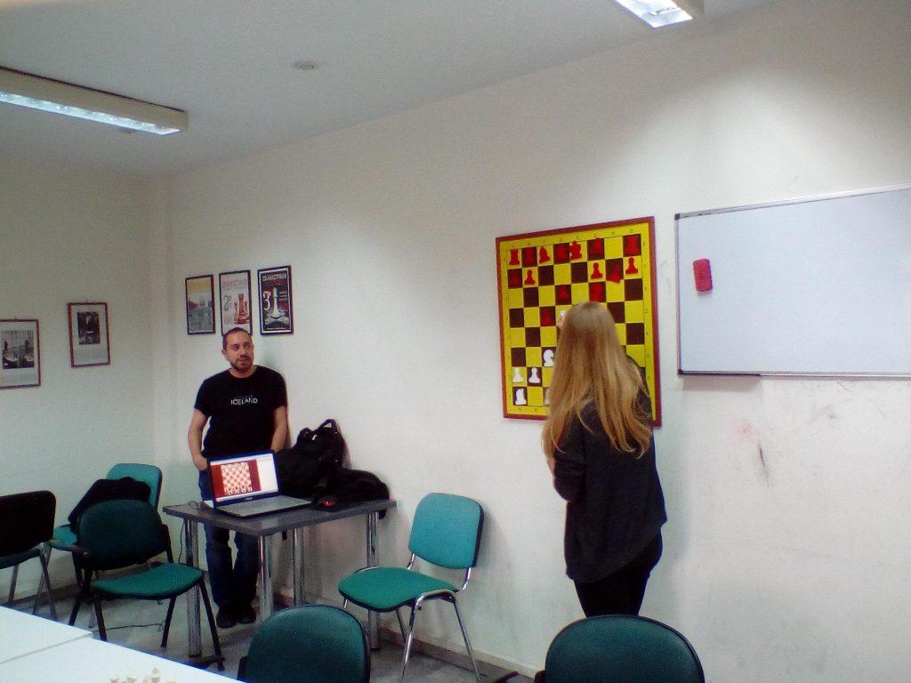 Επίσκεψη της παγκόσμιας πρωταθλήτριας Τσολακίδου στους Σκακιστικούς Συλλόγους Τριανδρίας